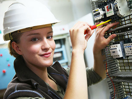 Level 4 HNC Diploma in Electrical/Electronic Engineering | Highbury AC