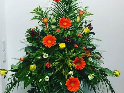 Floral arrangement created by Highbury students for Portsmouth's mayor-making ceremony