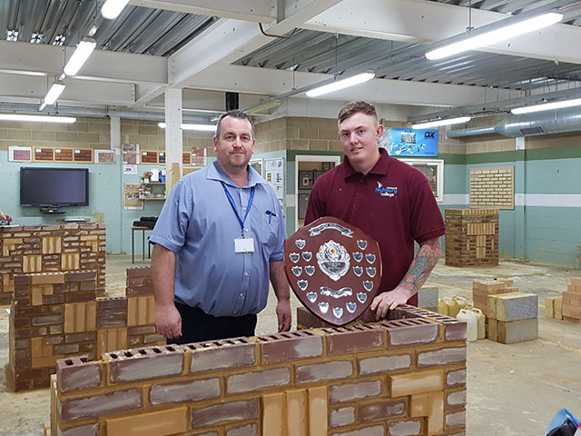 Apprentice wins first place in bricklaying competition